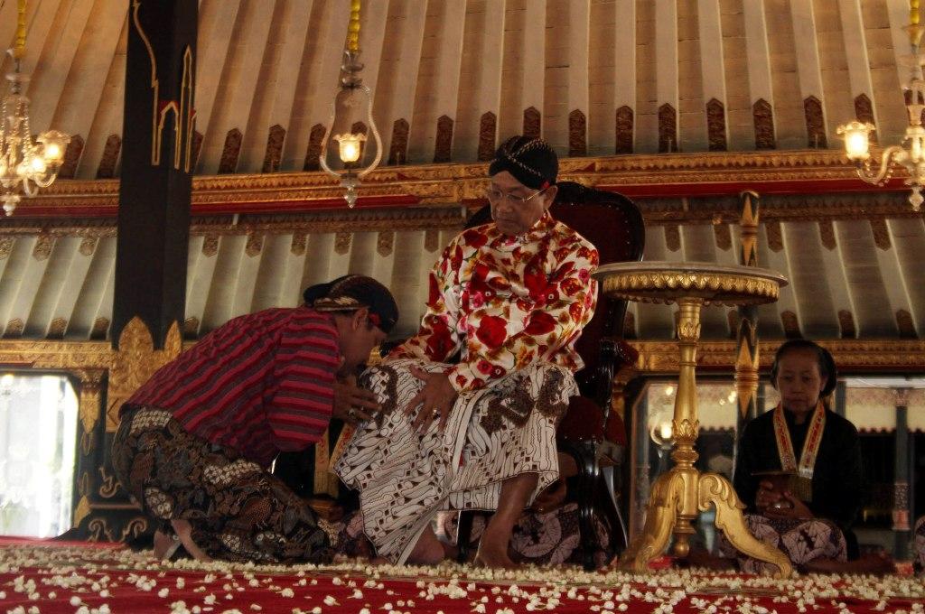 tradisi-ngabekten-keraton-yogyakarta