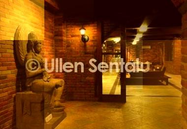 Borobudur - Ullen Sentalu - Prambanan