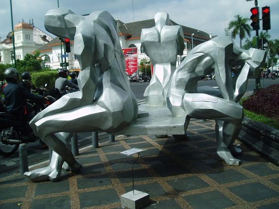 "Salah Satu patung di ""Malioboro Outdoor Visual Art Expo"" 2012"